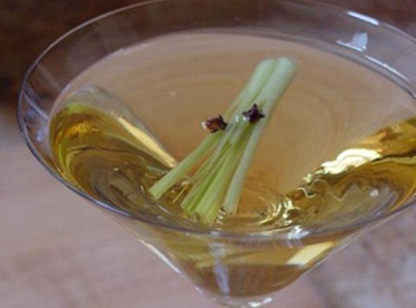 Post image for Lemongrass Martini