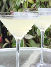 Post image for Lemongrass Lemonade Martini