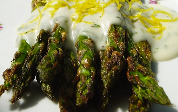 Post image for Roasted Asparagus with Tarragon Butter Sauce