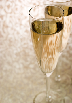 Post image for Clove Spiced Champagne