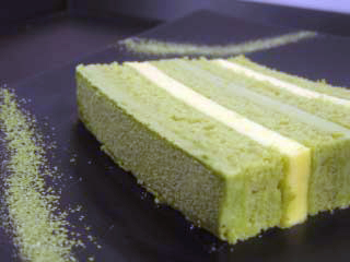 Post image for Green Tea & Orange Mousse Cake