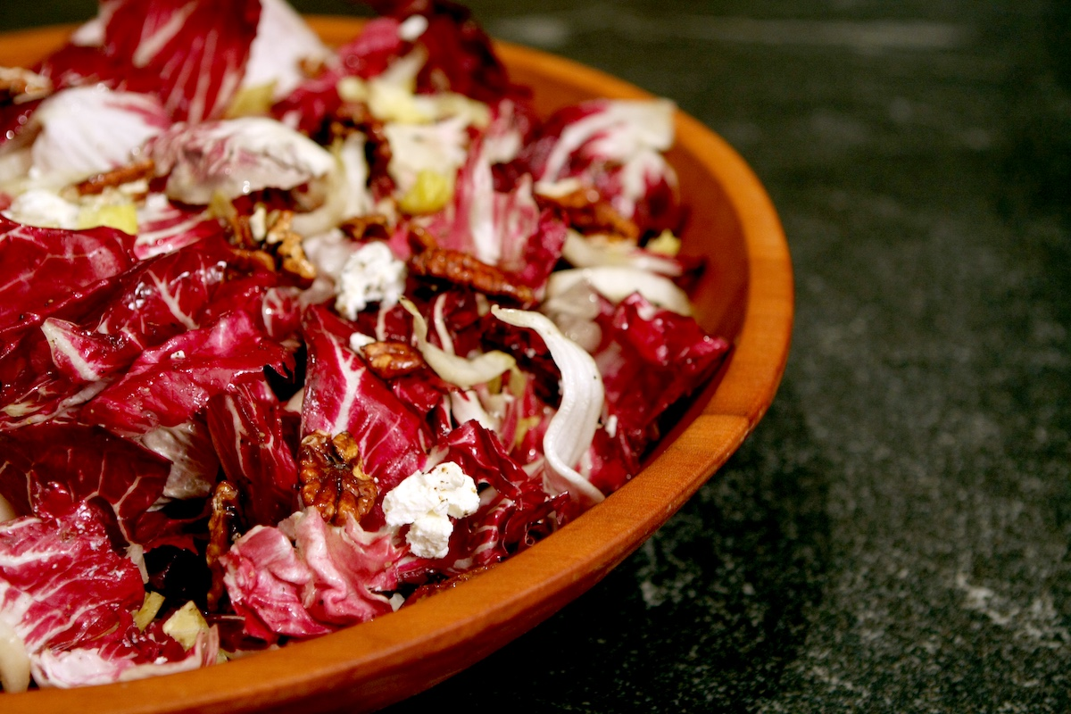 red and white salad with candied pecans figs and chevre goat cheese