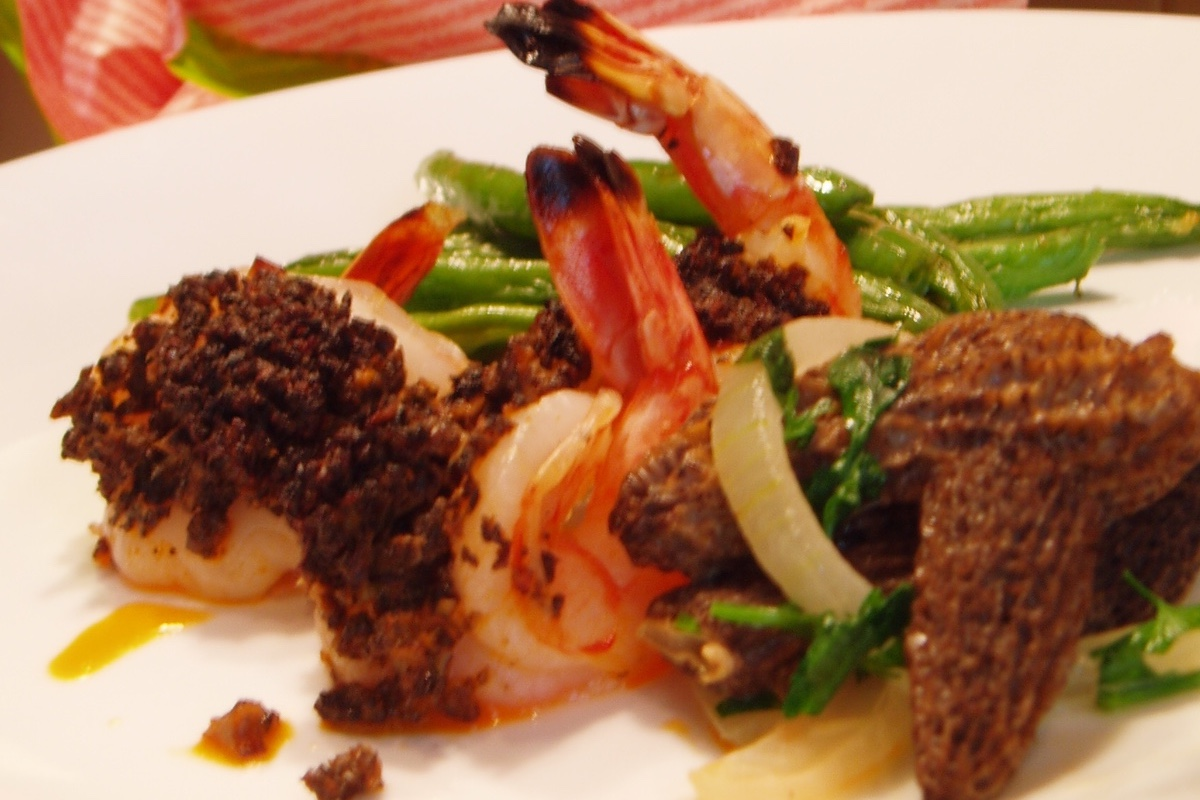 roasted prawns with morels and red curry butter