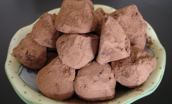 Post image for Luscious Thai Curry Truffles