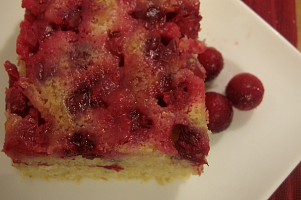 upside down cranberry cornbread
